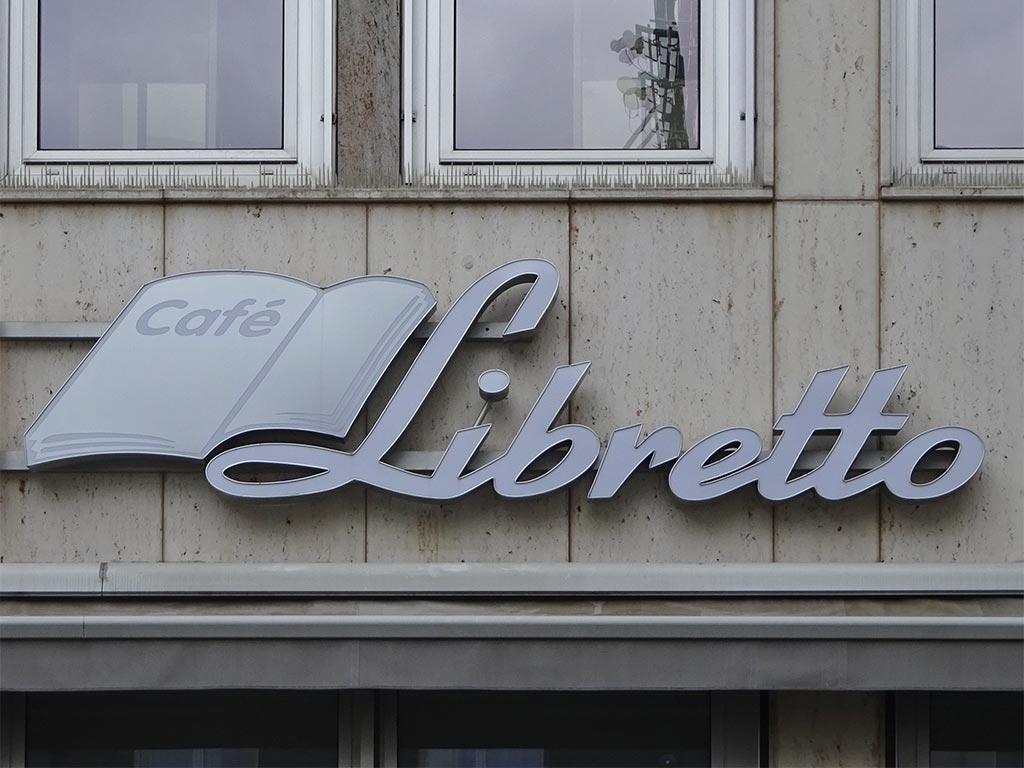 Typografie, Schilder und Logos in Frankfurt - Libretto