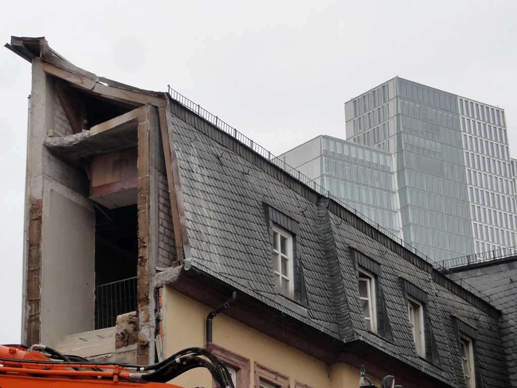 Abbrucharbeiten in der Töngesgasse in Frankfurt