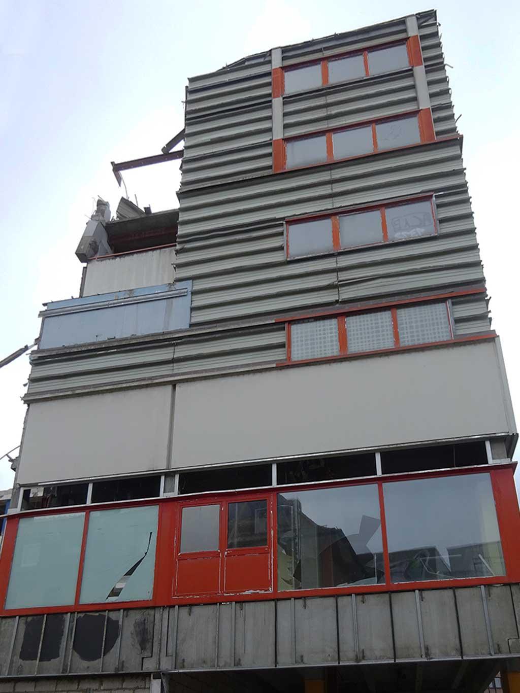 Abbrucharbeiten Toy'R'Us in Offenbach