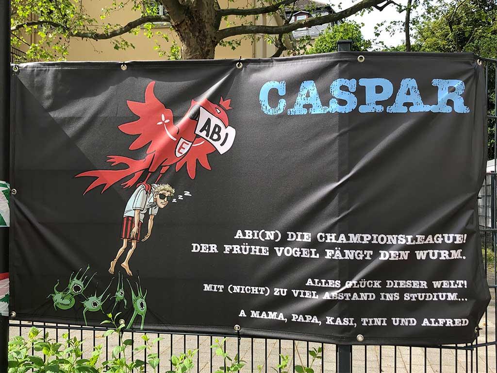 Abi-Banner in Frankfurt - Abi(n) die Champions League