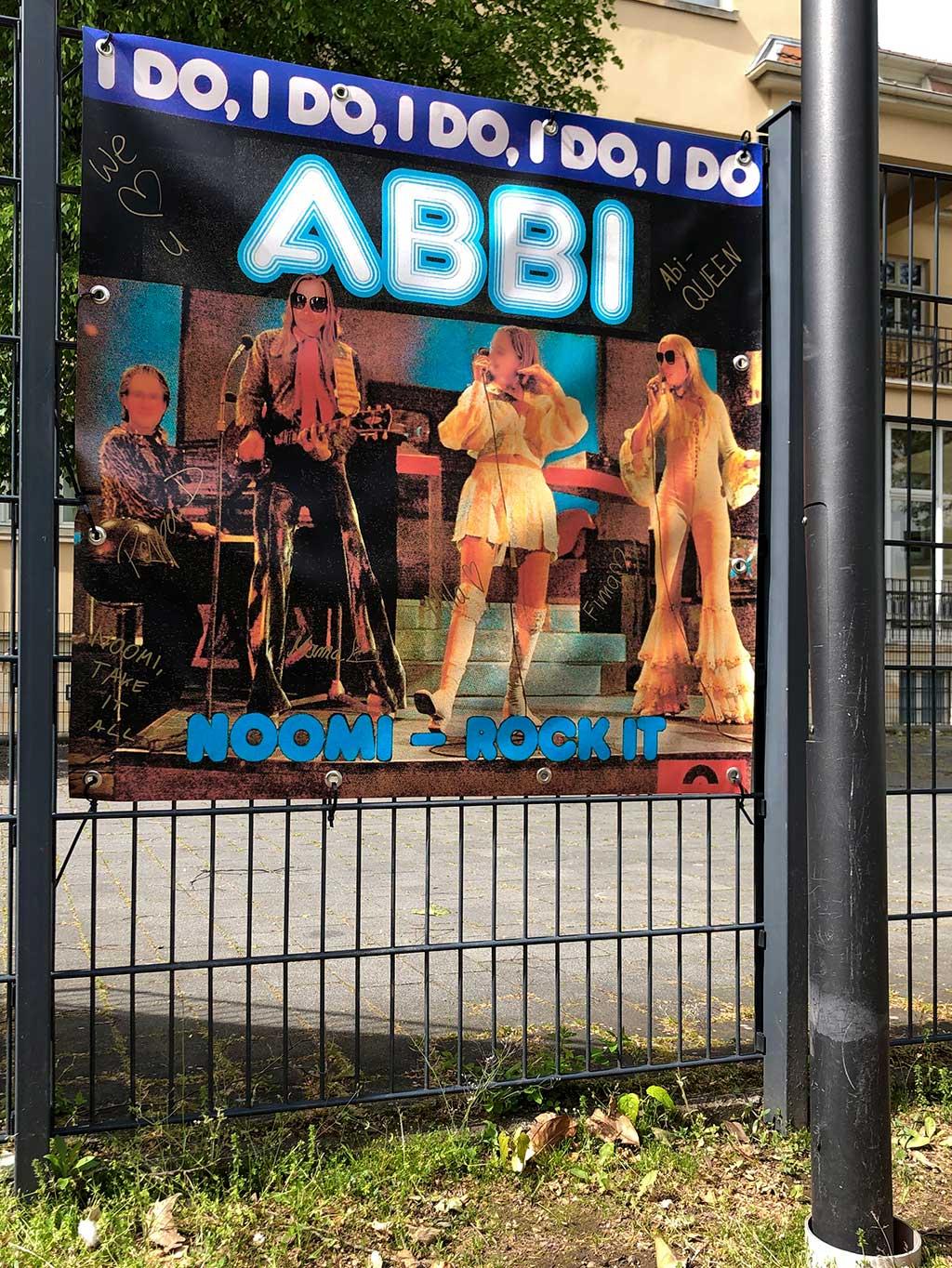 Abi-Banner in Frankfurt - I Do I Do I Do Abbi