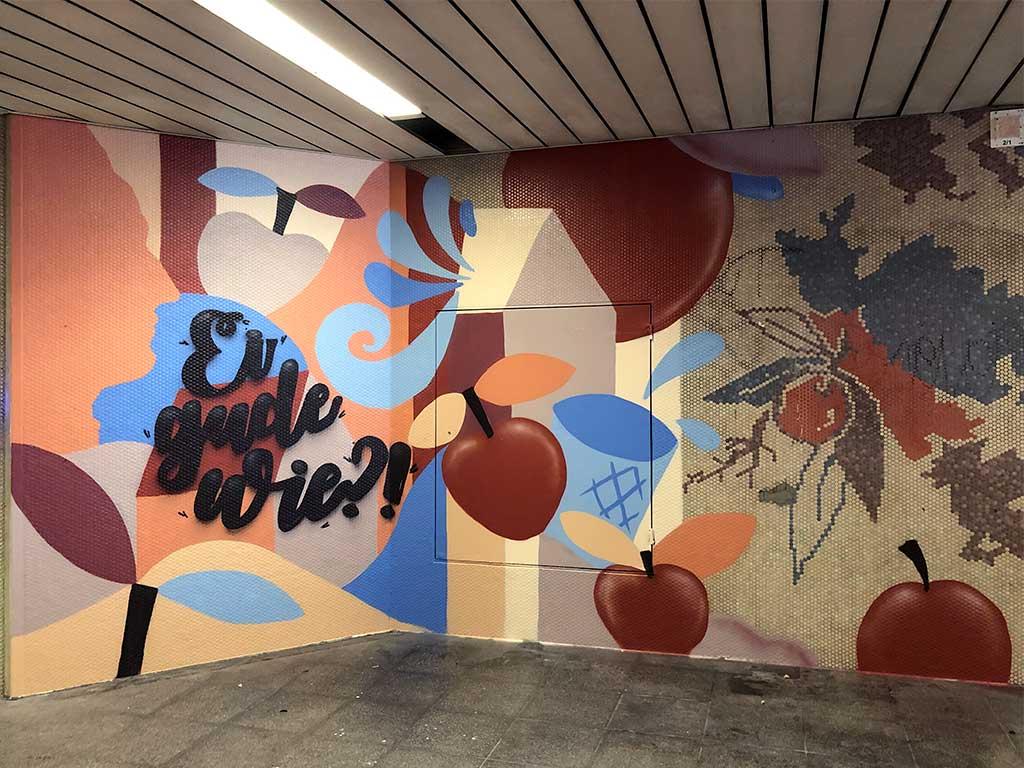 Äpfel, Geripptes und Ei Gude wie - Wandbemalung im Lokalbahnhof