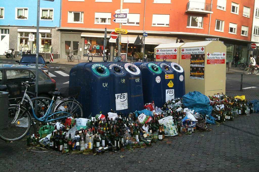 Altglas-Entsorgung zum Jahresende in Frankfurt