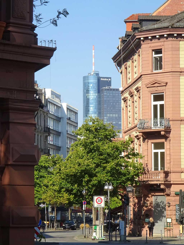 Anfang der Zeil in Frankfurt am Main