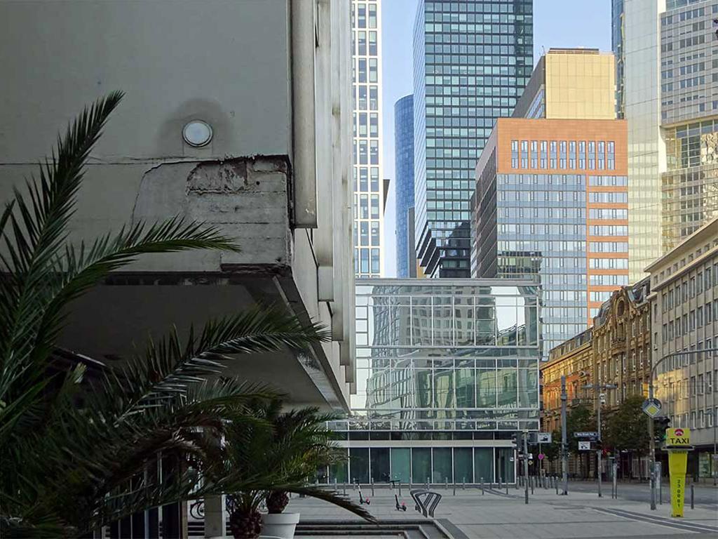 Architektur in Frankfurt - Neue Mainzer Straße