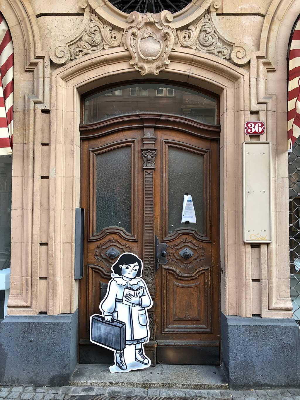 Lina Liese - Aufsteller in der Braubachstraße - Kinderemigration aus Frankfurt