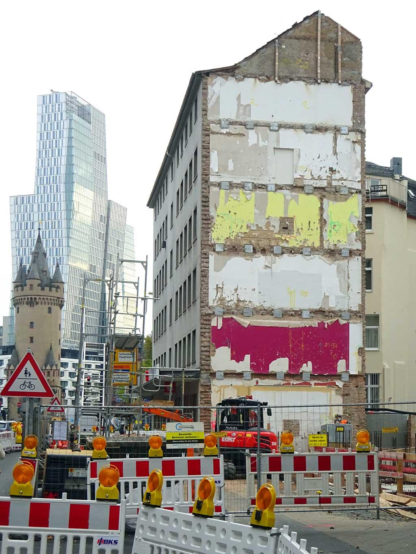 Abbrucharbeiten rund um das Projekt Boardinghouse Across Frankfurt