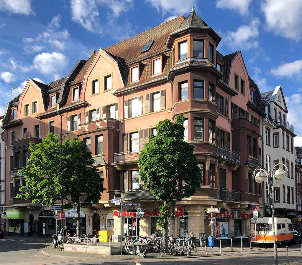 Stadtbilder Frankfurt - Bornheim Mitte, Ecke Mainkustraße/Arnburger Straße in Frankfurt