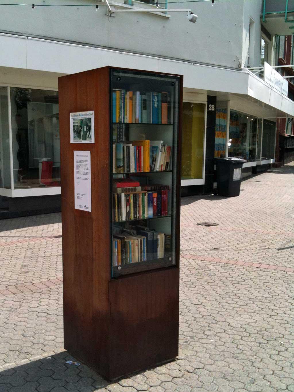 Bücherschrank in der Berger Straße in Frankfurt