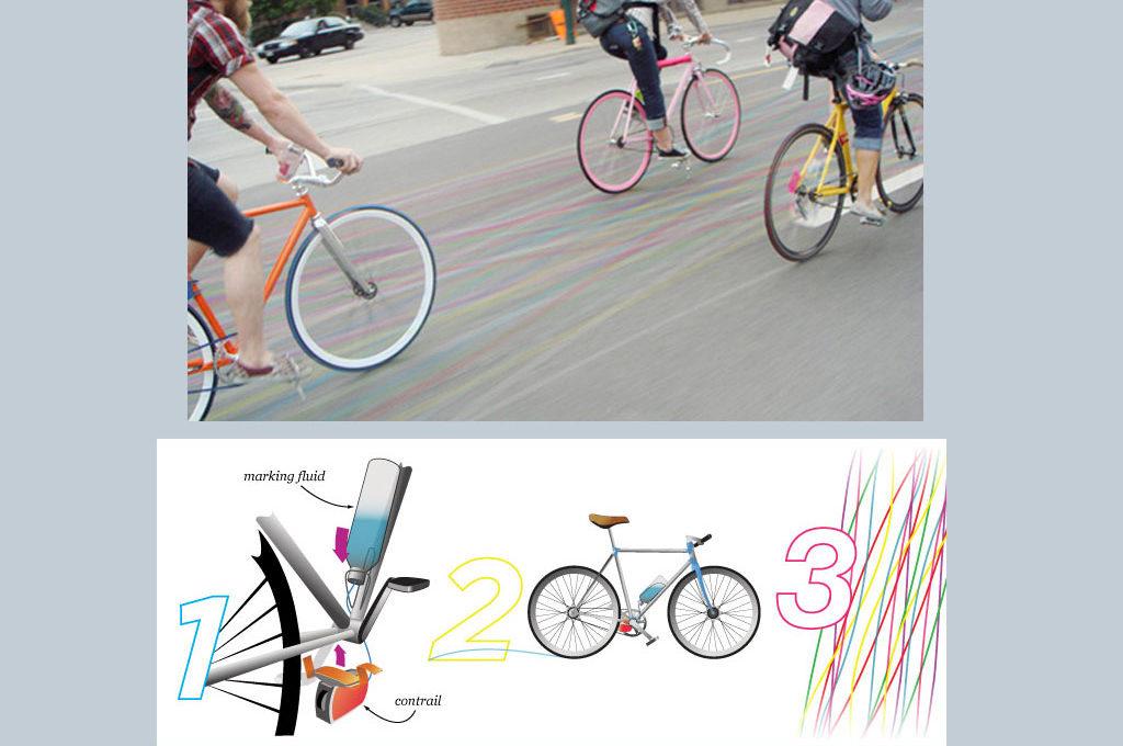 Bunte Kreidespuren beim Fahrrad fahren