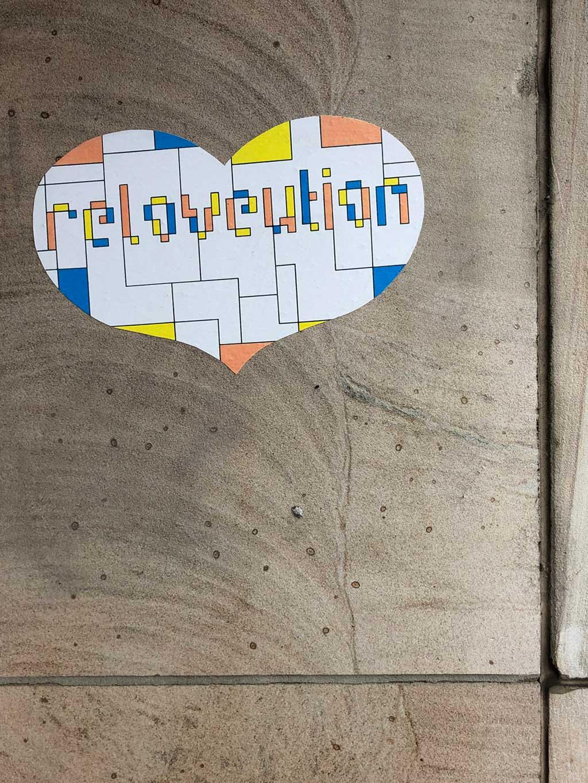 carla-mata-hari-gigi-reloveution-streetart-frankfurt-0