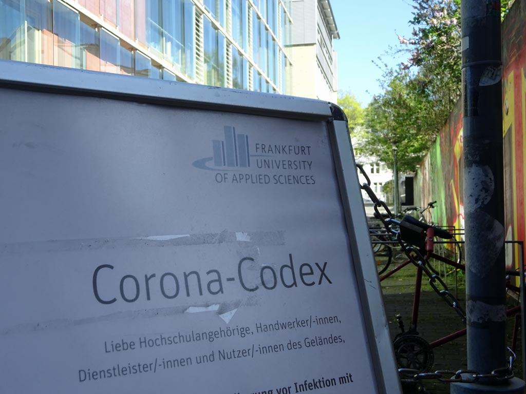 Corona-Codex an der Frankfurt University of Applied Sciences