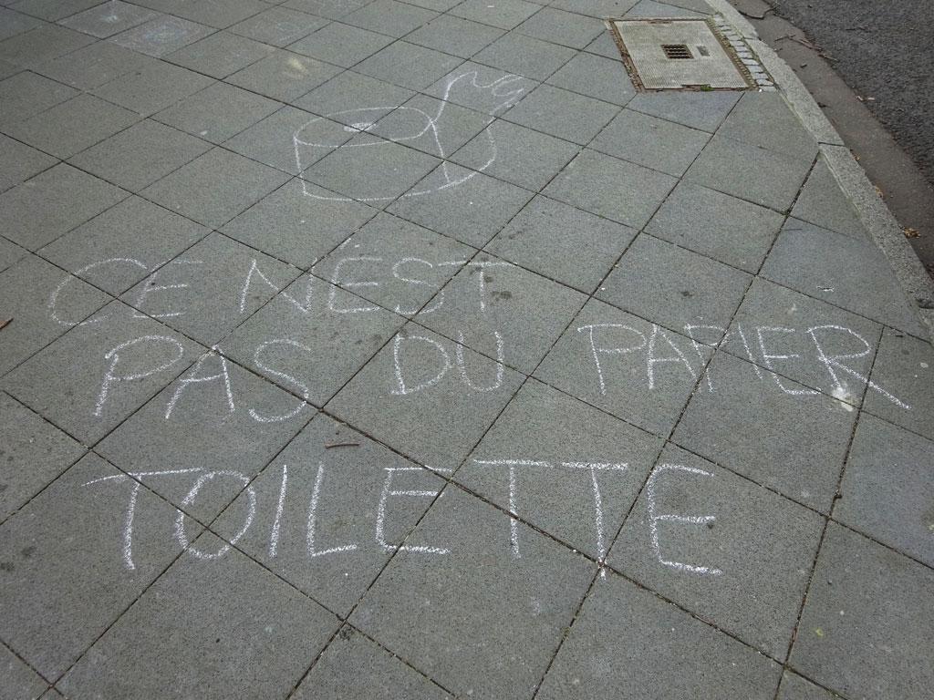 Corona in Frankfurt - Ce nest pas du papier toilette