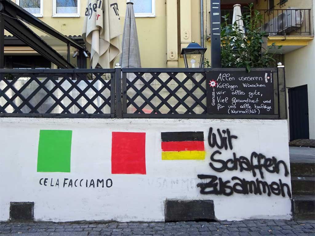 Italienische und deutsche Durchhalteparolen in Frankfurt