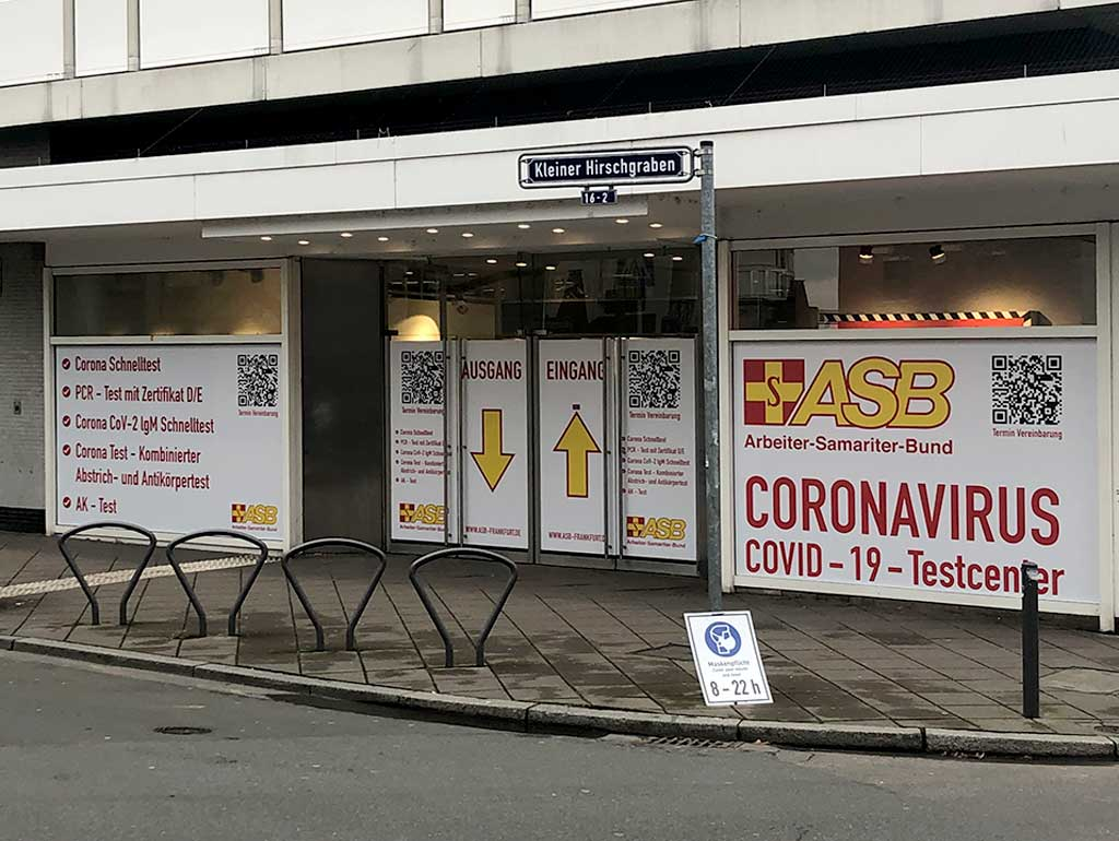 COVID-19-Testcenter in der Frankfurter Innenstadt