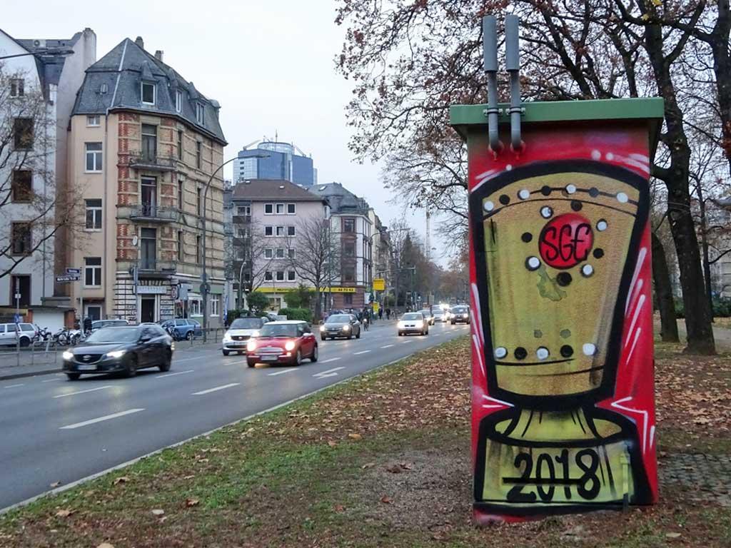 Graffiti des DFB-Pokals mit SGE-Schriftzug