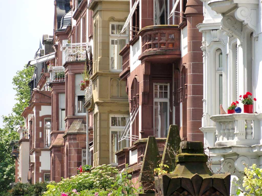 Häuser in der Günthersburgallee im Frankfurter Nordend