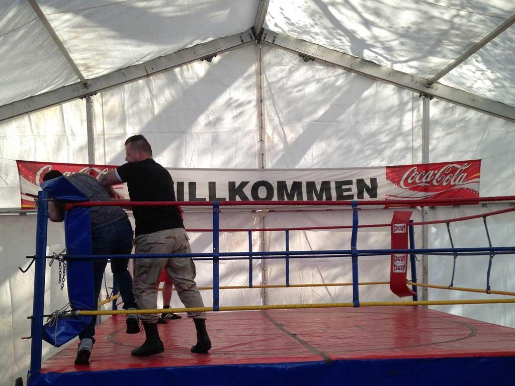 Wrestling (Ringen) im Fight Club auf der Frankfurter Dippemess