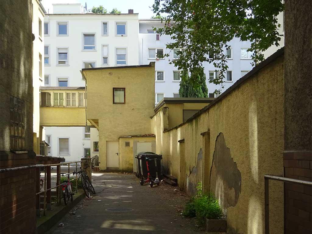 Ein Hinterhof im Gutleutviertel in Frankfurt