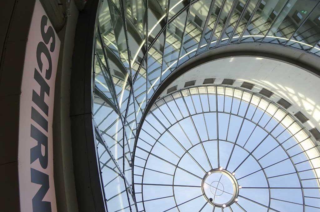 Eingangsbereich und Rotunde der Schirn Kunsthalle Frankfurt