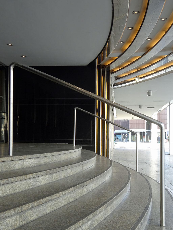 Eingangsbereich der Oper Frankfurt