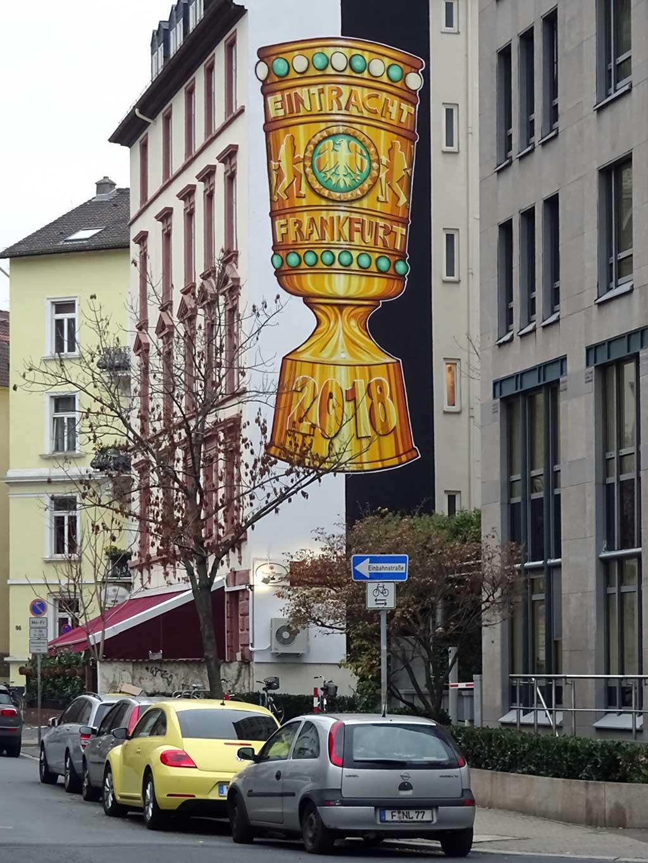 DFB-Pokal-Wandbild zu Ehren Eintracht Frankfurts