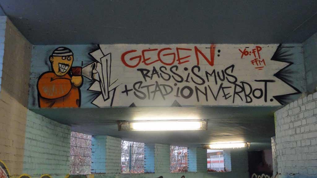 Eintracht Frankfurt Fan-Art gegen Rechts
