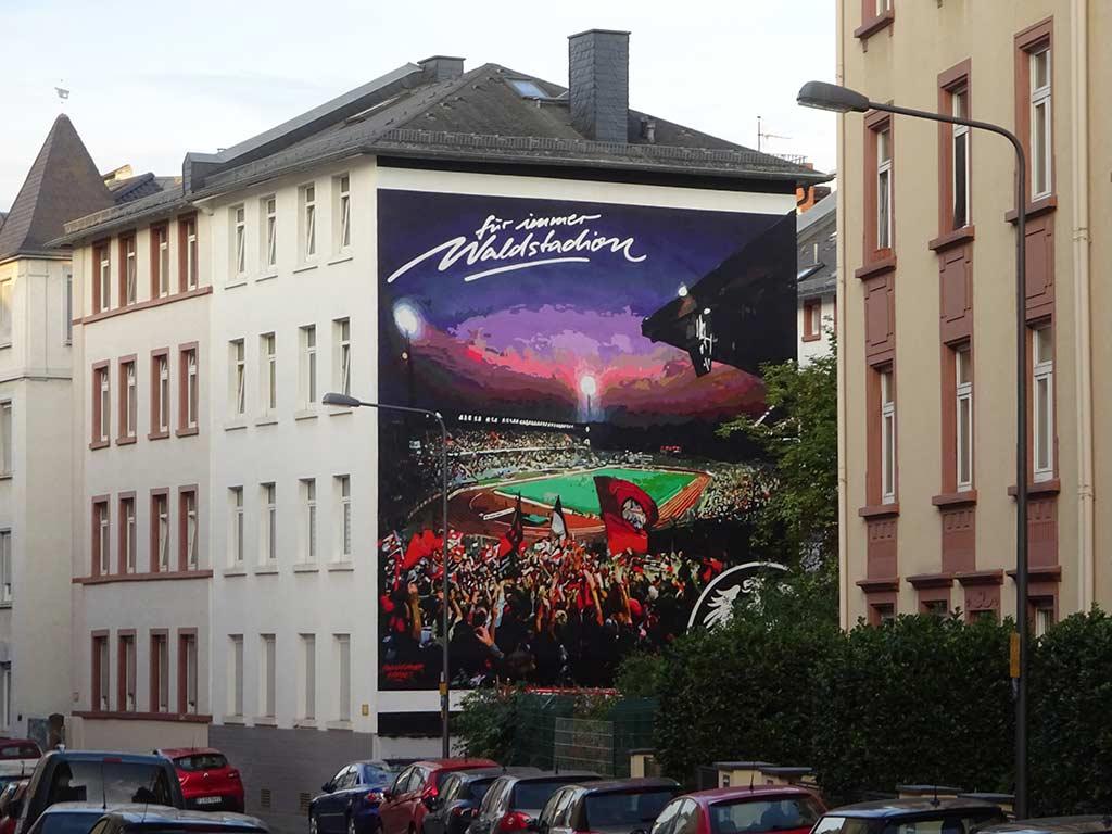 Eintracht-Frankfurt-Mural in Bornheim - Für immer Waldstadion