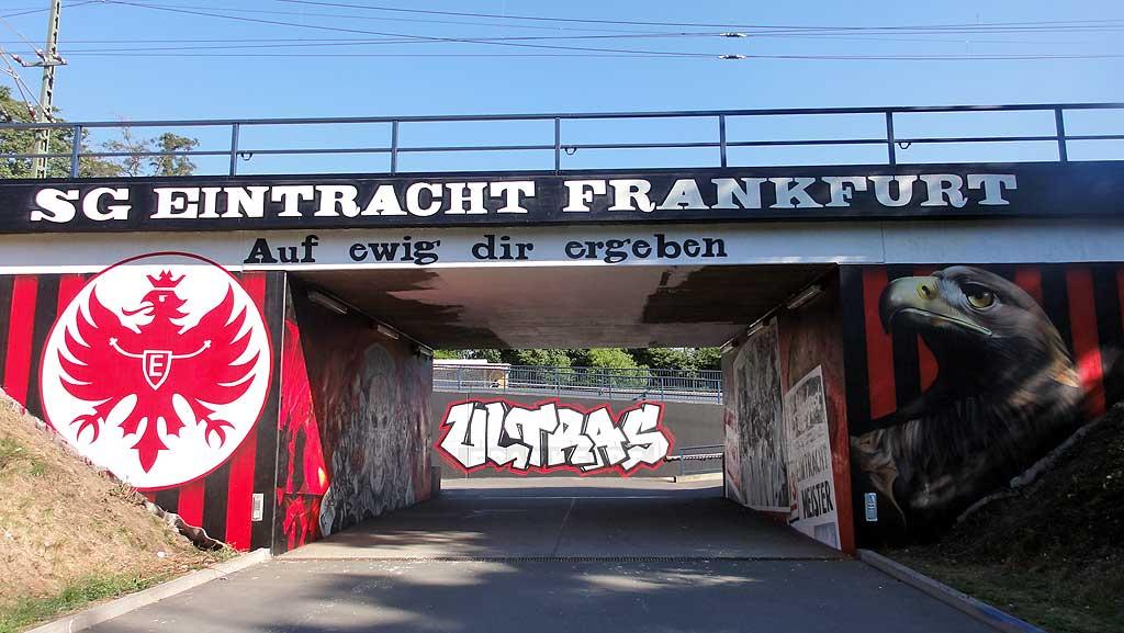 Graffitikunst am Stadion von Eintracht Frankfurt