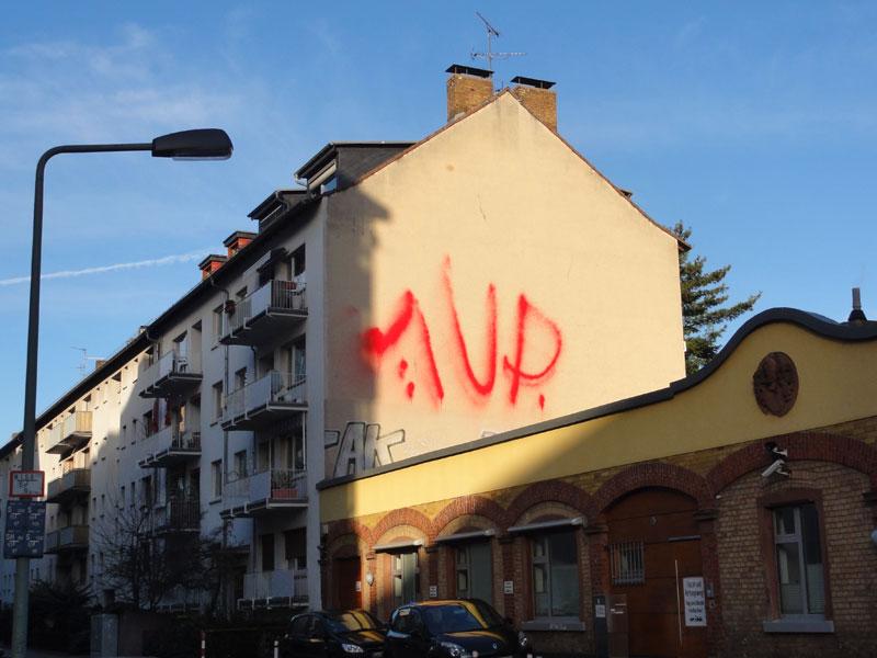 Extinguisher Lettering in Urban Art