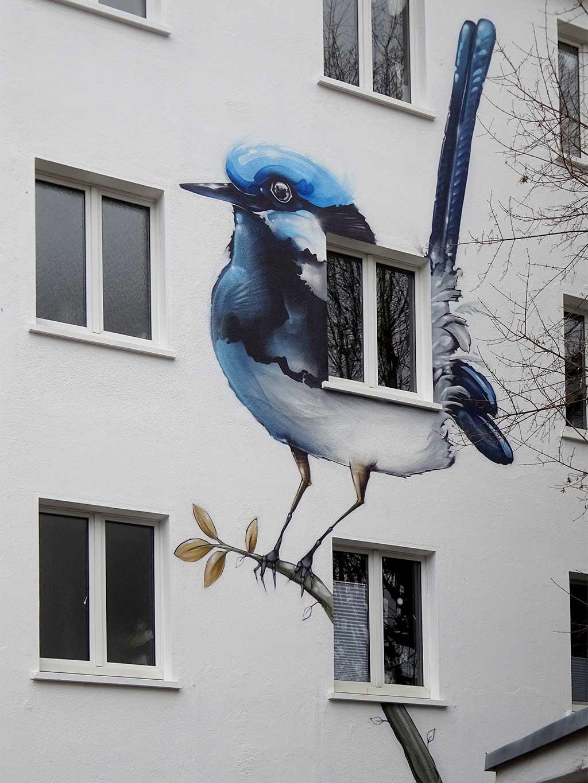 Fassadengestaltung mit Vögeln in Frankfurt