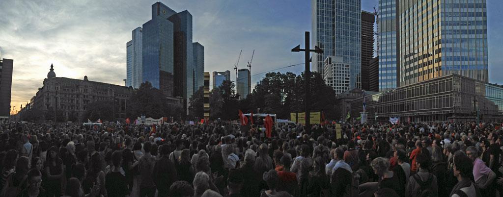 """Sei kein Horst""-Demo in Frankfurt"