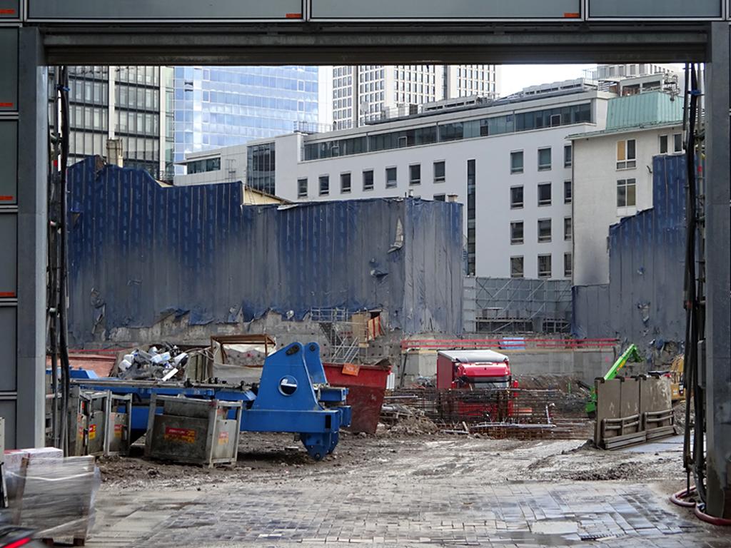 Blick hinein in die Four-Frankfurt-Baustelle
