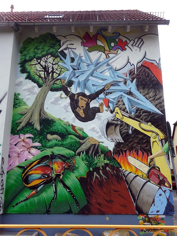 Mural in Frankfurt-Ginhheim: Mensch vs. Natur