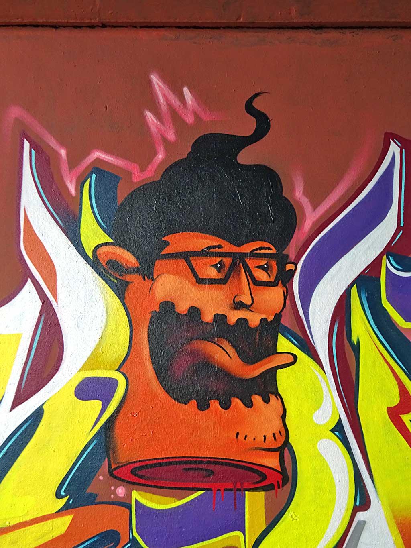Graffiti in Frankfurt an der Freiluftgalerie Frankfurt - Monkey - Blok - Shok - Obskur