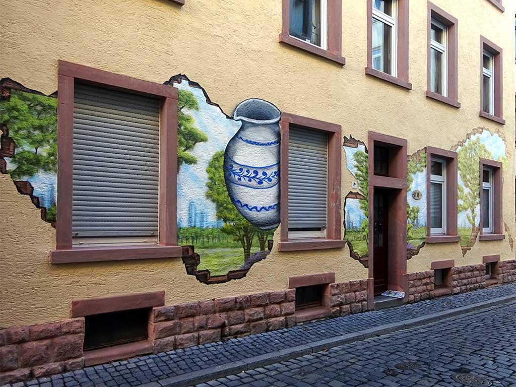 Wandkunst mit Bembel in Frankfurt-Sachsenhausen