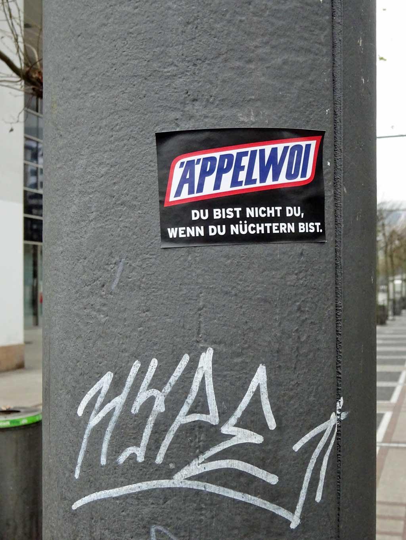 Frankfurt Sticker - Äppelwoi. Du bist nicht du wenn du nüchtern bist