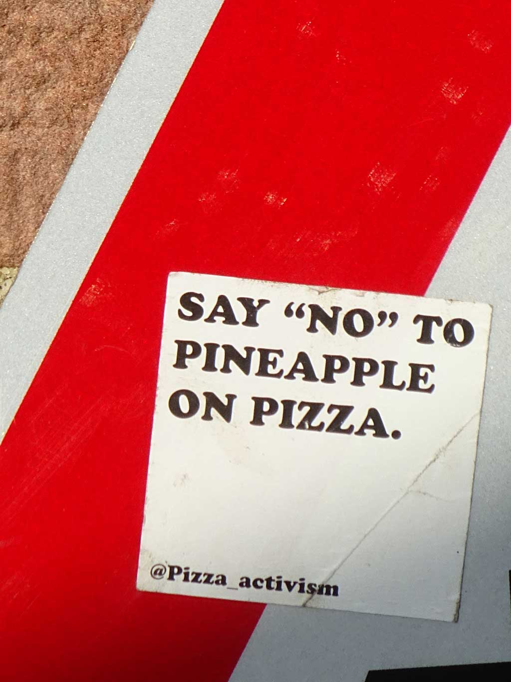 Frankfurt Sticker - Say no to pineapple on pizza