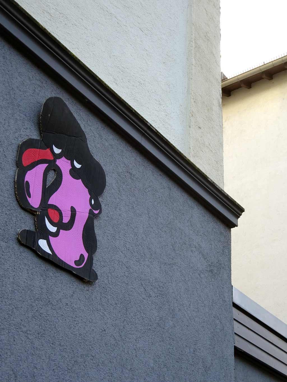 Treppe 1.OG - Karton-Streetart in Frankfurt