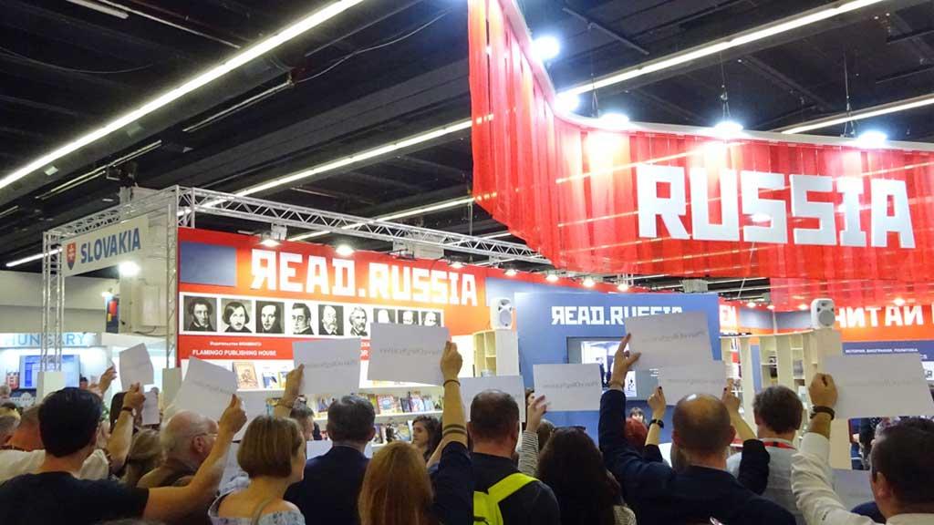 Fotos von der Frankfurter Buchmesse 2018 - Save Oleg Sentsov