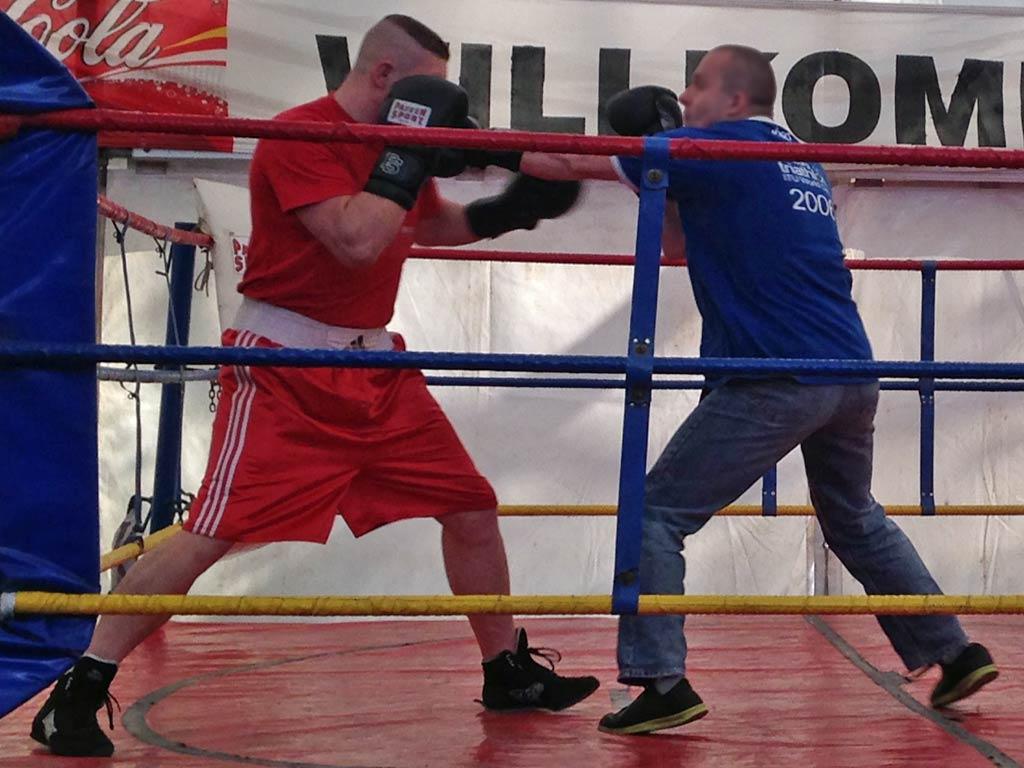Boxen im Fight Club auf der Frankfurter Dippemess