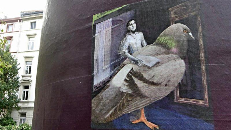 Frankfurter KunstSäule von Jakob Roepke