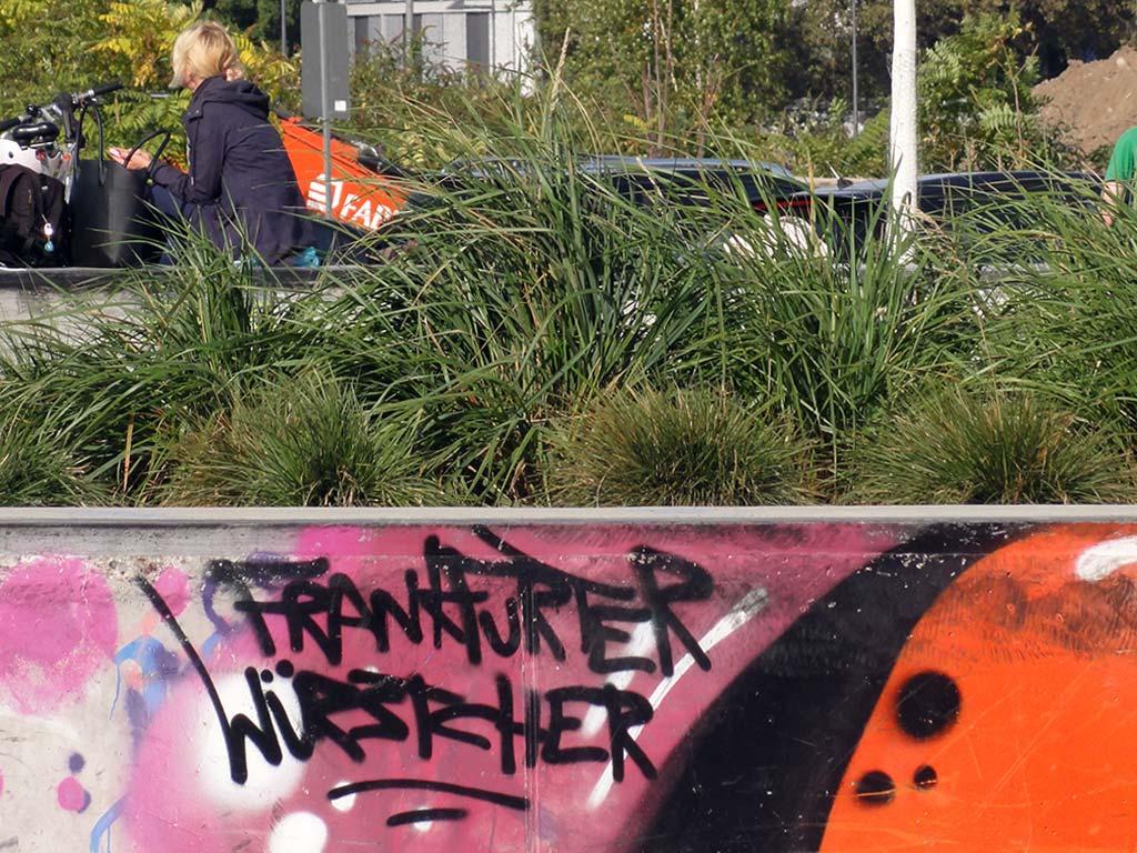Streetart mit Frankfurter Würstcher