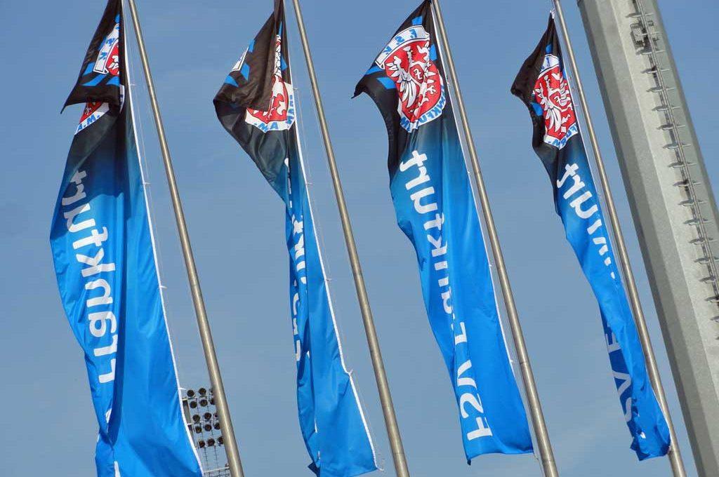 FSV Frankfurt Flaggen am Bornheimer Hang