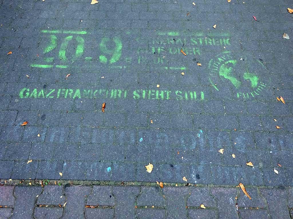 20.09. Generalstreik - Ganz Frankfurt steht sill