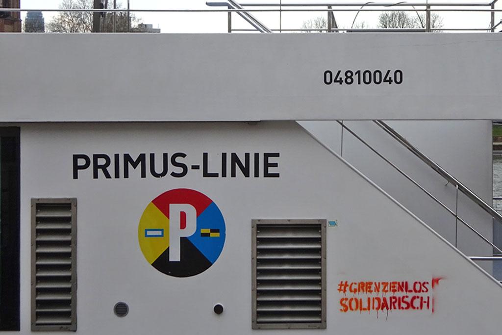 Politischer Protest zu Corona-Zeiten in Frankfurt - #Grentzenlossolidarisch