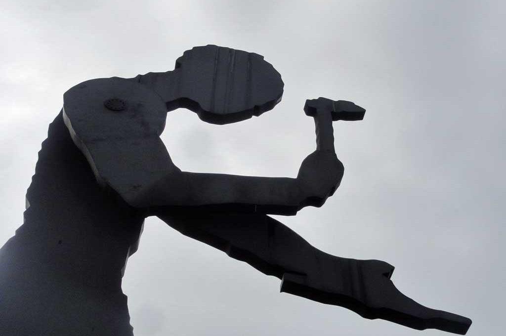 Hammering Man Skulptur in Frankfurt