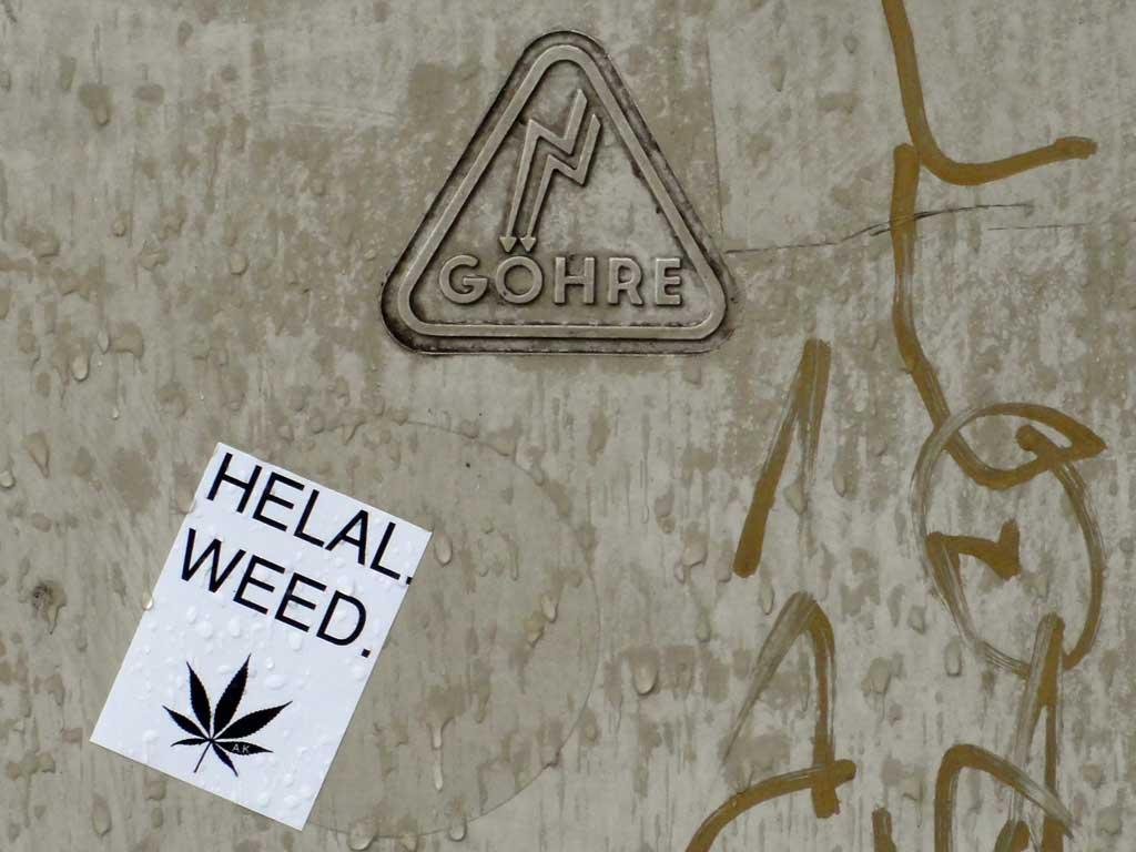 Helal. Weed.