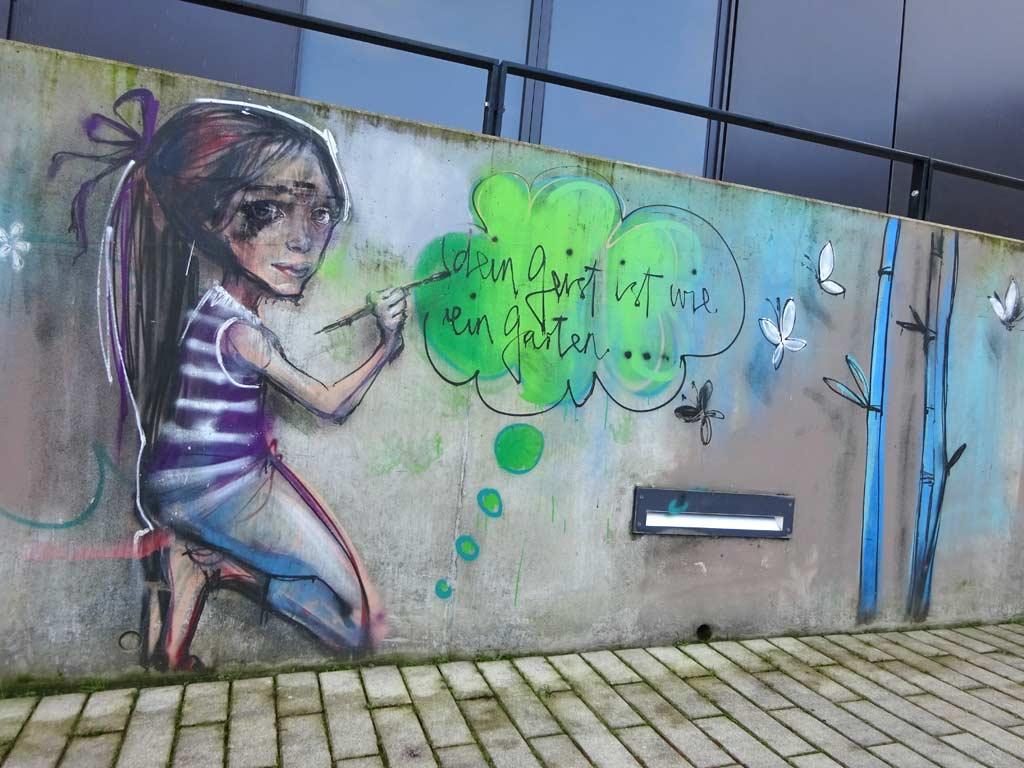 Dein geist ist wie ein Garten - Streetart von Herakut in Bad Vilbel