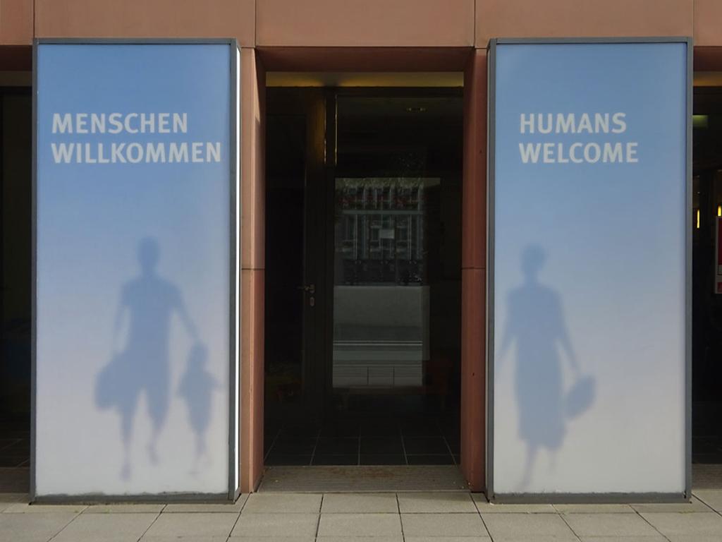 Menschen willkommen - Humans welcome